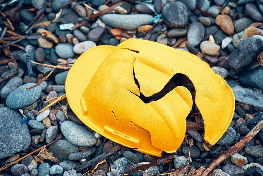 Cheap Plastic Broken Hard Hat